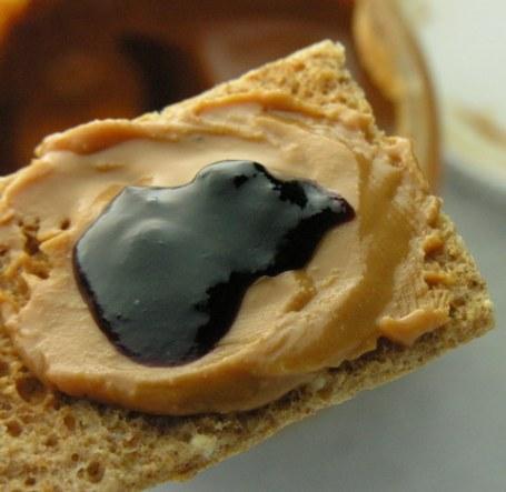 cracker-closeup-21